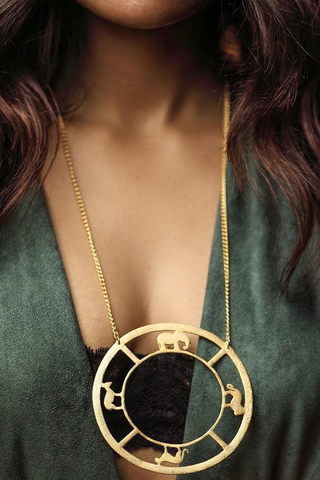 Circular Pendant Necklace