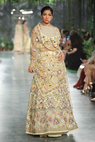 Floral hand embroidered dupatta