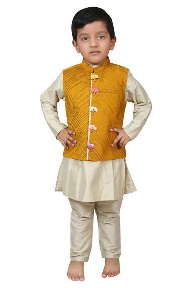 Pintuck Bundi Kurta Set