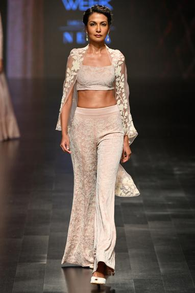 Embroidered pant set