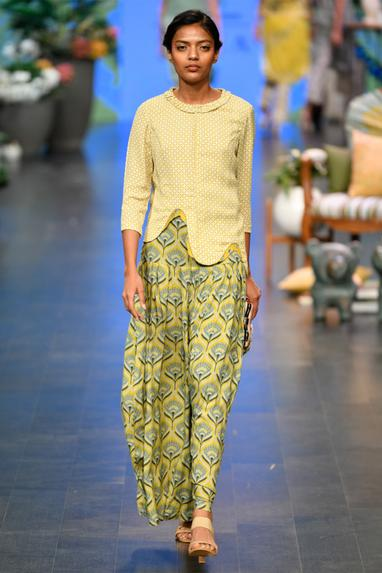 Printed Blouse With Pants