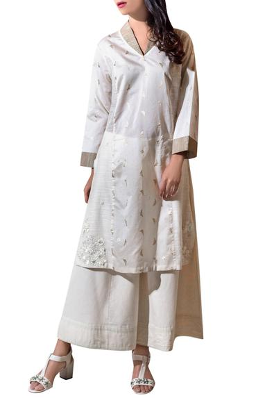 Ivory butterfly high-low kurta with pants