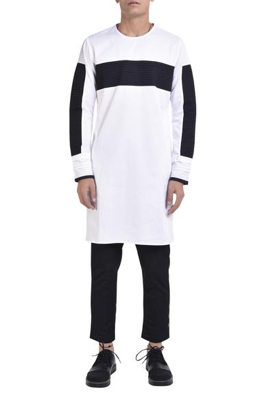 Crew neck kurta with pintuck panels