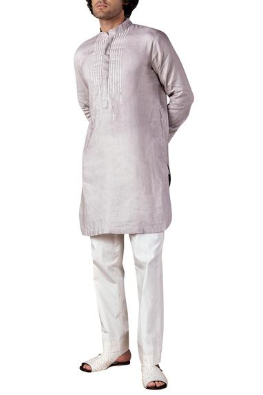 Thread embroidered kurta