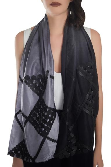 Circular pattern leather work stole