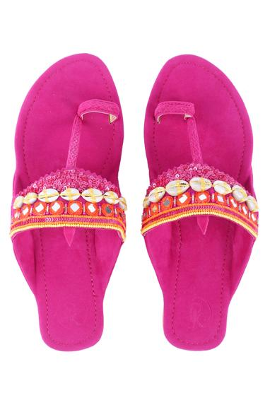 Embroidered Kolhapuri Sandals