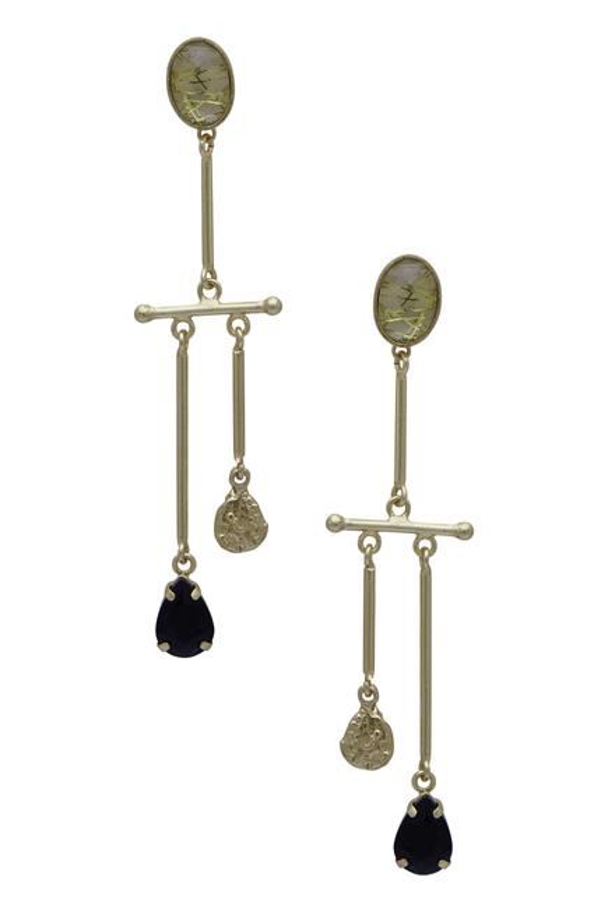 Asymmetric linear earrings
