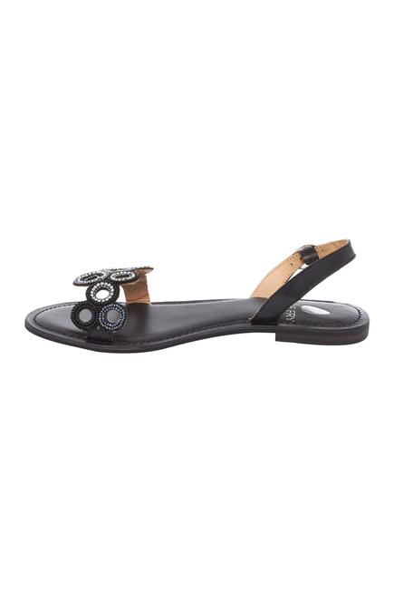 Straped embroidered sandals