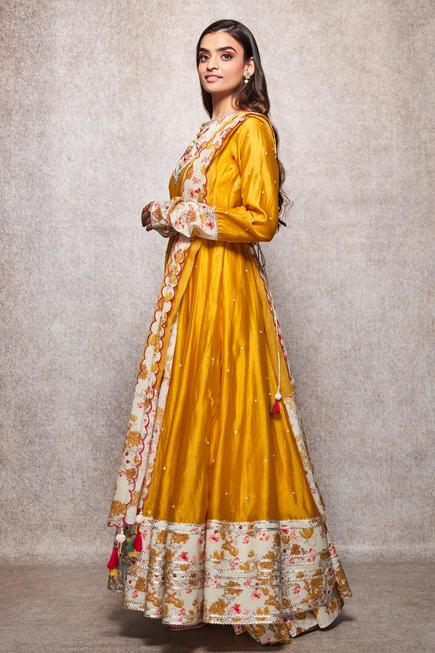 Chanderi Embroidered Anarkali Set
