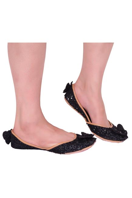 Silk Butterfly Embroidered Juttis