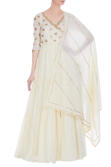 Tiered pleated kurta with dupatta