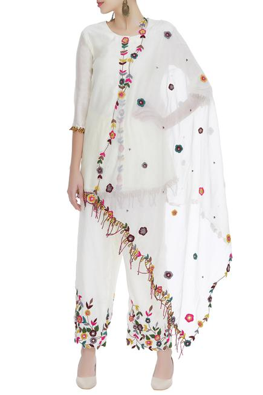 Hand embroidered kurta with pants & dupatta