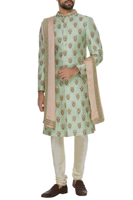 Embroidered sherwani set with peach stole