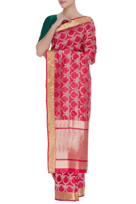Jaal motif handwoven silk saree & unstitched blouse