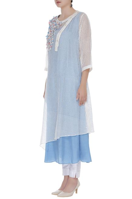 Grid panel 3D floral embroidered tunic