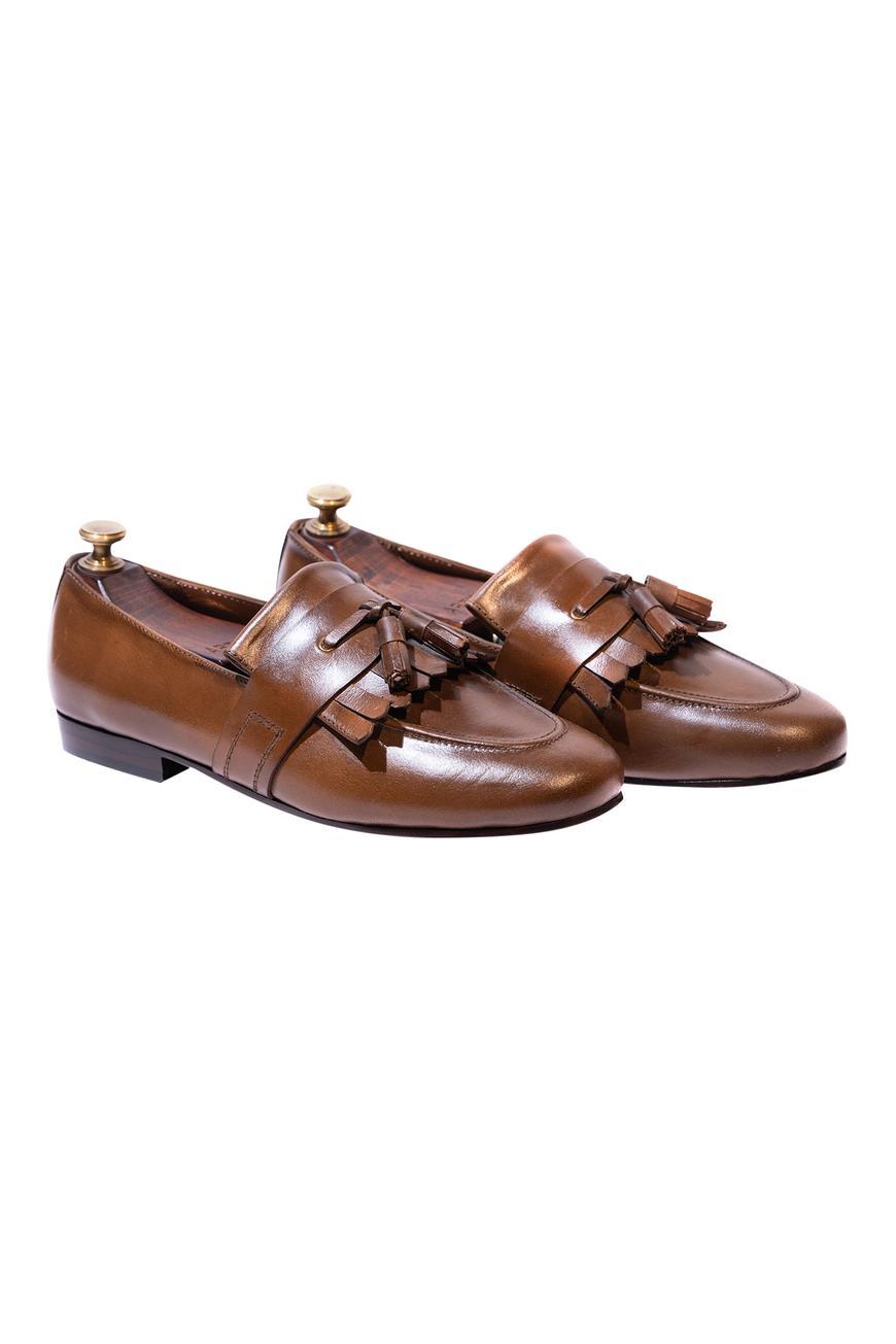 Handcrafted Kiltie Tassel Loafers