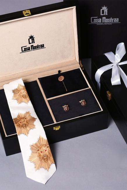 The Baroque Style Box