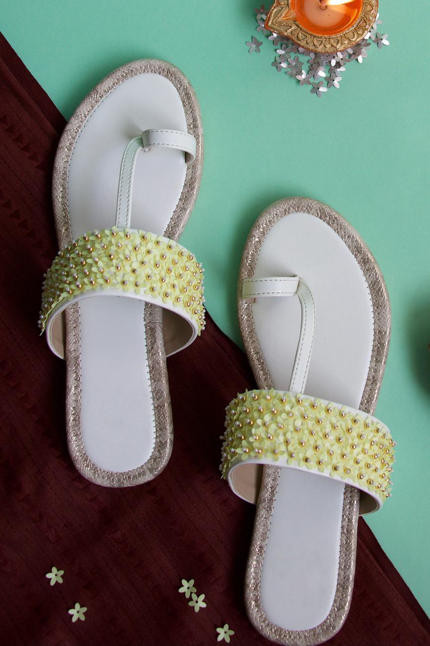 Nazaaqat Floral Embellished Kolhapuri Sandals