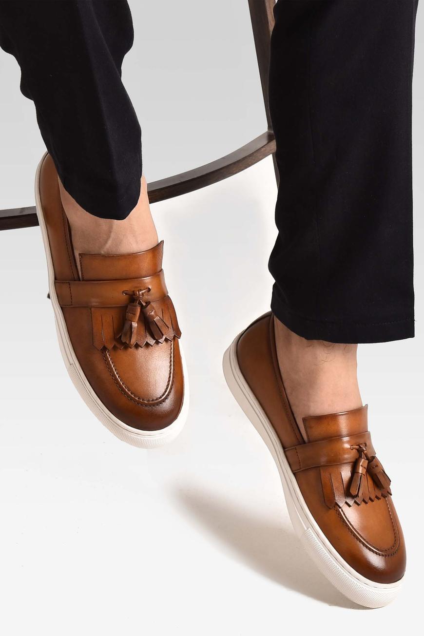 Hand Painted Kiltie Tassel Loafers