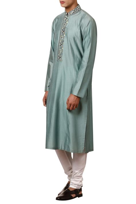 Floral embroidered long kurta