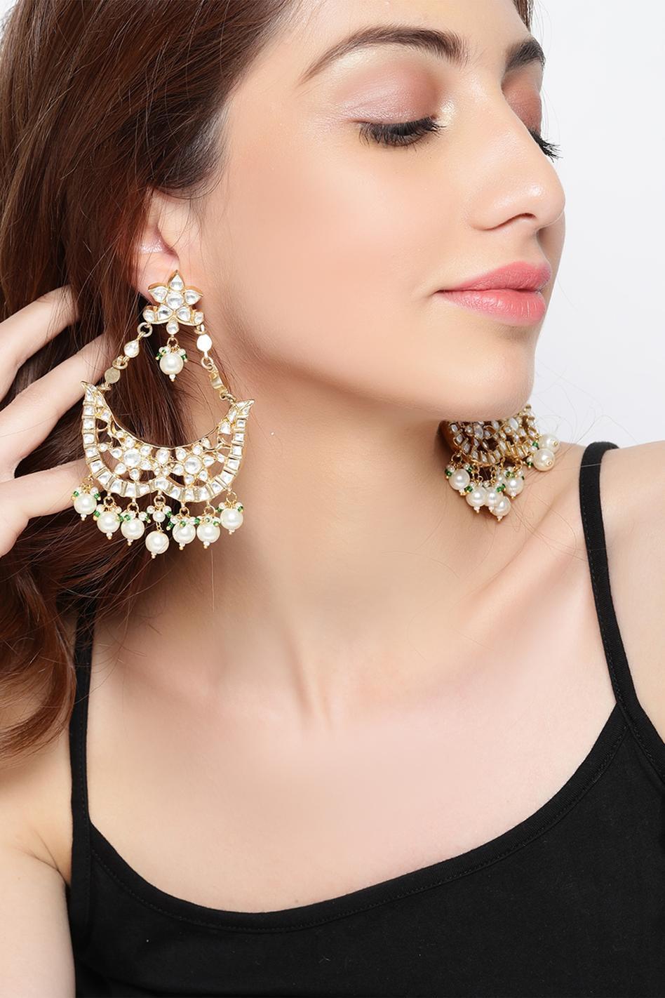 Floral crystal earrings