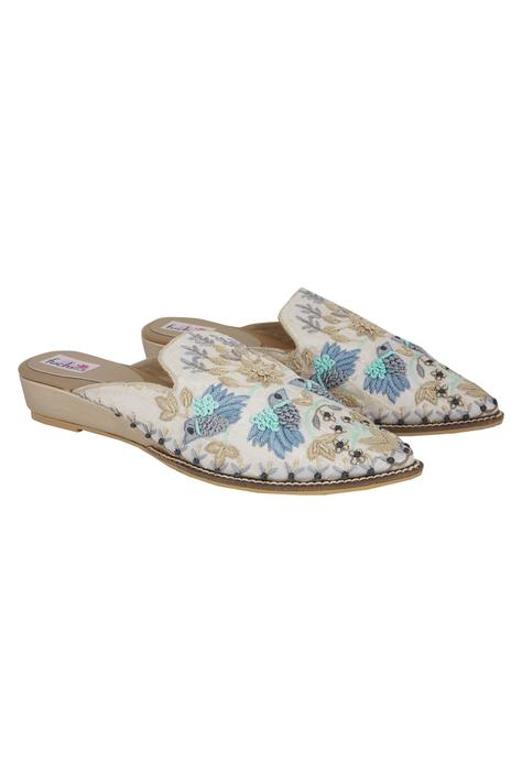 Embroidered Closed Toe Wedges