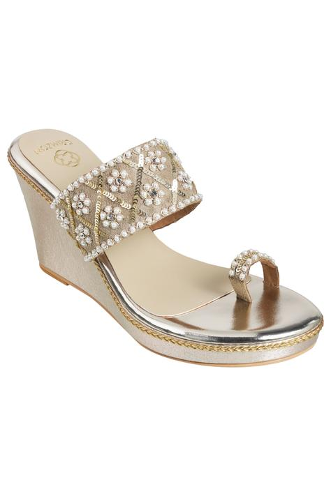 Embellished Toe-Ring Wedges