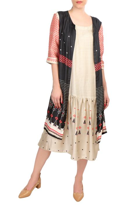 Beige tussar printed dress with sleeveless jacket