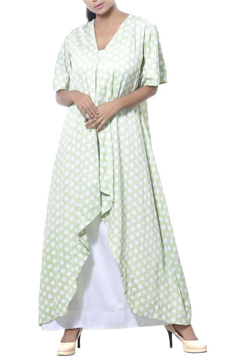 Long drapped tunic with polka dot pattern