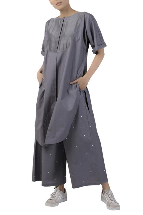 Long tunic with button placket