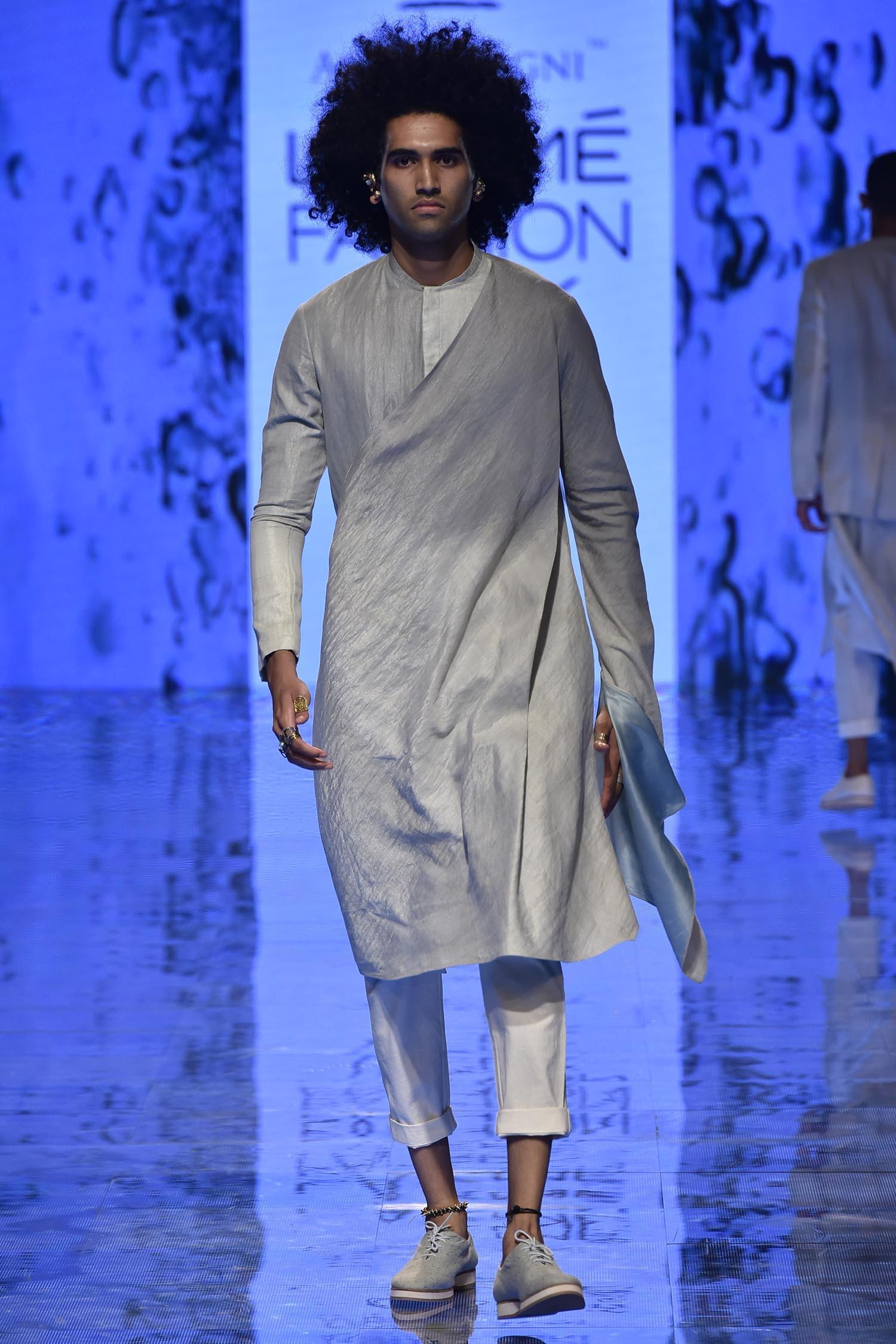 Buy Draped Long Jacket Kurta By Antar Agni Men At Aza Fashions